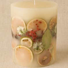 Rosewood and Red Berries Botanical Candle