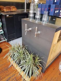 """21 Coffee Shops That'll Make You Say """"Why Doesn't Every Coffee Shop Have That?"""" Tire Furniture, Recycled Furniture, Furniture Design, Plywood Furniture, Italian Interior Design, Restaurant Interior Design, Coffee Shop Design, Cafe Design, Design Design"""