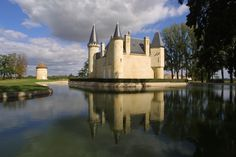 Château d'Agassac winery - Bordeaux. One of the oldest winemakers in Bordeaux. They make the kids feel like knights and princesses