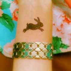 Bunny tattoo  Don't forget to follow me on Instagram for cute pics like this ;) @Ingrid_Sloch Bunny Tattoos, Rabbit Tattoos, Tattoo Set, I Tattoo, Henna Body Art, Metal Tattoo, Different Tattoos, Bunny Art, Tattoo Blog