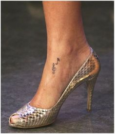 tattoos for womens feet famous women foot tattoos
