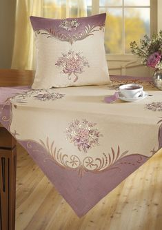 ru / Photo # 4 - Other MK Ineta - Galazil Silk Ribbon Embroidery, Embroidery Stitches, Embroidery Patterns, Hand Embroidery, Machine Embroidery, Funny Pillows, Linens And Lace, Ribbon Work, Decoration Table