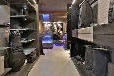 Selecionamos 16 closets com boas soluções de espaço e funcionalidade, projetados pelos arquiteos e designers de CasaPRO
