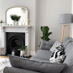 41 What You Need To Do About Gray Walls Living Room Colour Schemes Grey 4 Living Room Design Grey Walls Living Room, Living Room Color Schemes, New Living Room, Interior Design Living Room, Interior Livingroom, Colour Schemes Grey, Living Room Decor Colors Grey, Grey Living Room With Color, Farrow And Ball Living Room