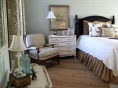 95+ Brilliant Romantic Bedroom Design Ideas On A Budget http://philanthropyalamode.com/95-brilliant-romantic-bedroom-design-ideas-budget/