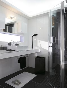 1000 images about salle de bain on pinterest deco - Meuble superposition lave linge seche linge ...