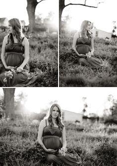 Outdoor Alabama Couple Maternity Photo