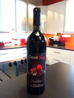Frontenac and St. Croix combine to create a full-bodied red wine with a delicious raspberry and dark chocolate flavor on the finish. Serve as a decadent liquid dessert or delicious paired with Joe's homemade cheesecake.