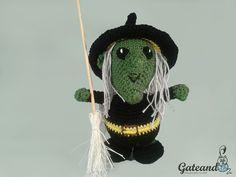 Gateando Crochet: La Bruja Atalanta!!!