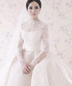 White Wedding Dresses, Wedding Gowns, Bride Dresses, Filipiniana, Disney Princess Dresses, Couture Details, Bridal Beauty, Bridal Lace, Marie
