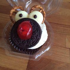 Christmas reindeer oreo cupcake from TheCupcakeBloke Oreo Cupcakes, Reindeer, Desserts, Christmas, Food, Tailgate Desserts, Xmas, Deserts, Essen