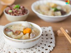 Recipe for Peranakan (Nyonya) style fish maw soup, a homely and sumptuous soup.