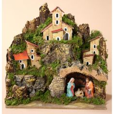 Presepi artigianali - Presepisti.it , Per Natale… Christmas In Italy, Christmas Tea, Christmas Design, Handmade Christmas, Christmas Crafts, Christmas Nativity Scene, Christmas Villages, Clay Houses, Christmas Decorations For The Home
