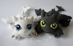 Crochet a Toothless and His Girlfriend Light Fury – These Are The Best Dragon Amigurumi Patterns Ever! (KnitHacker) Crochet a Toothless und His Girlfriend Light Fury – das sind die besten Drachen-Amigurumi-Muster aller Zeiten! Toothless Pattern, Crochet Toothless, Crochet Unique, Cute Crochet, Crochet Baby, Crochet Patterns Amigurumi, Amigurumi Doll, Crochet Dolls, Disney Crochet Patterns