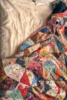 I like sleeping under a warm quilt.