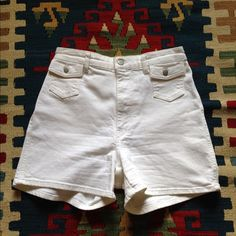High Waisted White Denim Shorts H&M Conscious denim, high waisted shorts made with 98% organic cotton and 2% elastane, so it's got a bit of stretch. Bright white color with two front button pocket details. 11 inch inseam. Excellent condition, rarely worn, like new. Size 8 but fits more like a 6. Perfect for summer!!! H&M Jeans