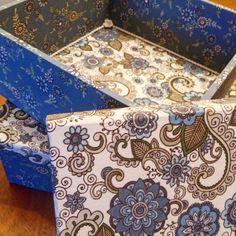 Jogo de caixas de mdf, com 5mm de espessura, forradas com tecido 100% algodão. (25×25×10 e 20×20×10)