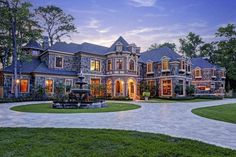 Hunters Creek, TX - Old world European-inspired custom estate. Designed by John Sullivan and built by L-D Custom Homes. Dream Home Design, My Dream Home, Dream Mansion, Stone Mansion, Stucco Homes, Luxury Homes Dream Houses, Dream Homes, Million Dollar Homes, Modern Mansion