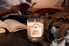 Tabac Miellé - #LaBelleMeche #BougieParfumee #ScentedCandle #lifestyle - Photographe : Blaise Arnold - Production : La Fabrique de Mai