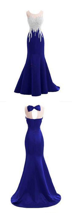 este tipo de colores fuertes hacen que destaque mucho las damas de honor pero no opacan a a la novia