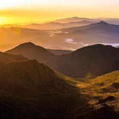 Sunrise over Parque Nacional La Amistad seen from Chirripo's summit (12,533 feet / 3,820 meters )@taisanatalka @southbyland @aatre @livspark #CostaRica #OverlandtheAmericas #OverlandEmpire #ProvenOverland #TravelStoke #NeverStopExploring #KeepItWild  #AdventureMobile #OutsideMagazine #LonelyPlanet #lifeontheroad #OverlandJournal #ExpeditionPortal #NatGeo #NatGeoTravel #NatGeoAdventure