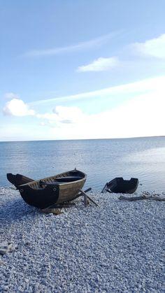 Fårö, Gotland What A Beautiful World, Boat Art, Water Crafts, Coastal Style, Beautiful Islands, Free Time, Wonders Of The World, Denmark, Amazing Photography