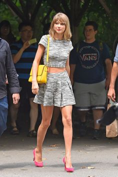 A midday stroll through Central Park, another opportunity to test out the trend. Good thinking, Taylor. ...