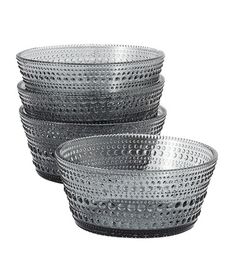 Beautiful bowls by Iittala Kastehelmi In Praise Of Shadows, Kitchenware, Tableware, Make A Table, Grey Glass, Dessert Bowls, Grand Designs, Nordic Design, Marimekko