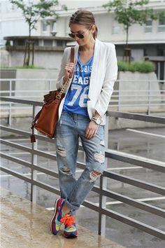 La mejor moda bloguera de la semana: toques deportivos. Sudaderas y camisetas con números