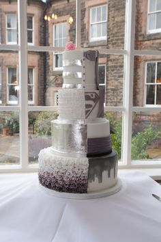 Wedding cake half and half http://www.facebook.com/Aboutcake.co.uk.