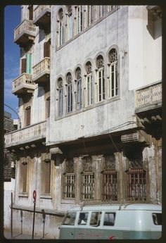 Old Building in Beirut [1965] | Copyright Charles W. Cushman - See more at: http://oldbeirut.com/page/2#sthash.GaTw0iTS.dpuf