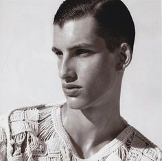 El Bosquejo: Salvatore Ferragamo's macramé sweater