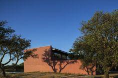 Casa de Três Pátios / Miguel Marcelino