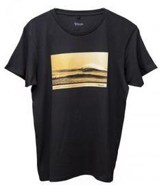 Ola en El Cotillo - Menswear - T-shirt / #AfortunadasIslasCanarias #CanaryIslands #Fuerteventura #Surf
