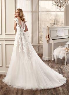 Nicole Spose 2016 Bridal Collection - Part 2 - Belle The Magazine Stunning Wedding Dresses, 2016 Wedding Dresses, Wedding Attire, Bridal Dresses, Wedding Gowns, Wedding Dressses, Pretty Dresses, Beautiful Dresses, Dream Dress