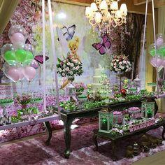 Aquela decoração que arranca suspiros #festatinkerbell no @vilaparkfestas para Isabelly