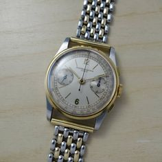 For sale a very fine and rare Vacheron Constantin ref 4072 in stainless steel with 18k yellow gold bezel, pushers and crown with two tone dial, yellow gold indexes and hands and Gay Freres two tone bracelet. SOLD  #vacheronconstantin #mimandcroket #vintagewatches #vintagewatch #hodinkee