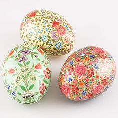 Pretty decorative Easter eggs...