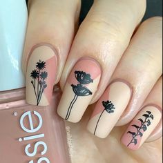 Love This Style - Nail art designs Edgy Nails, Cute Nails, Pretty Nails, Grunge Nails, Tribal Nails, Fancy Nails, Halloween Acrylic Nails, Halloween Nail Designs, Winter Nails