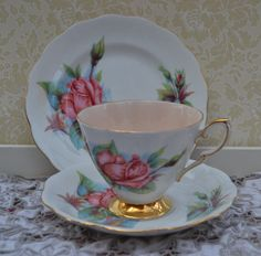 "Royal Standard Famous Roses Tea Trio ""Rendezvous"" Tea Cup, Saucer, Tea Plate, Vintage English Rose and Gilt Bone China, Excellent Condition by ImagineHowCharming on Etsy"