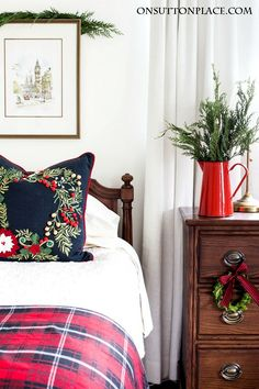 Christmas Guest Room Decor Ideas | Easy, budget friendly ways to add Christmas cheer to your guest rooms using throws, pillows and more.