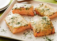 Craving your favorite fish for dinner tonight? Try one of these 8 #Delicious Salmon Recipes that take just 20 minutes or less to prepare!