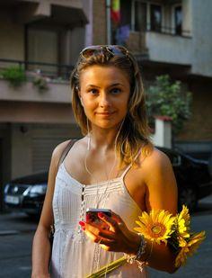 Ana la #ascultacumine pe www.alexdamian.ro