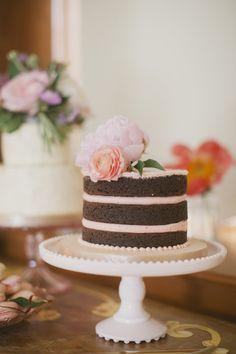 Mini Unfrosted Wedding Cake | photography by http://www.elizabethinlove.com/
