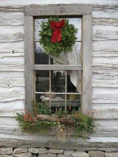 Rustic Cabin Christmas window                                                                                                                                                                                 Mehr