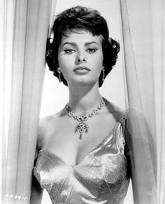 Sophia Loren #hollywood #classic #actresses #movies