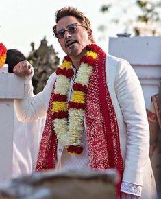 Robert Downey Jr In Indian Dress 😎😘 Robert Downey Jr., Marvel Fan, Marvel Heroes, Marvel Avengers, Thanos Marvel, Iron Man Avengers, Iron Man Tony Stark, Dc Movies, Downey Junior