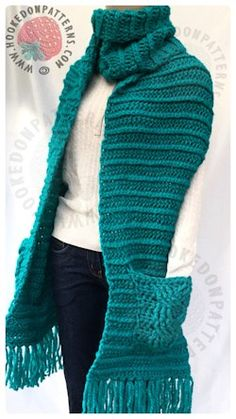 Super Chunky Textured Scarf - free crochet pattern at Hooked On Patterns Blog