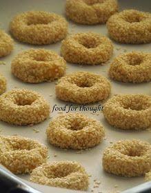Food for thought: Κουλουράκια σουσαμιού Greek Sweets, Greek Desserts, Greek Recipes, Koulourakia Recipe, Baking Recipes, Cookie Recipes, Cyprus Food, Bread Shaping, Vegan Baking