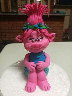 Princess Poppy_ sugar art_fondant figurine South Africa email: liankaerasmus@gmail.com